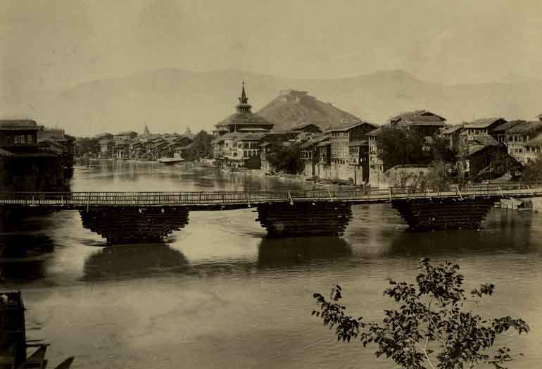 Bridge in Srinagar