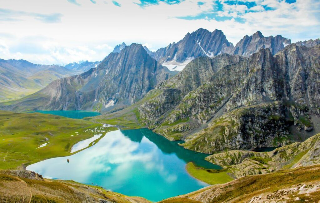 A-Z Guide to Visiting Sonamarg {Happy Travel} 1