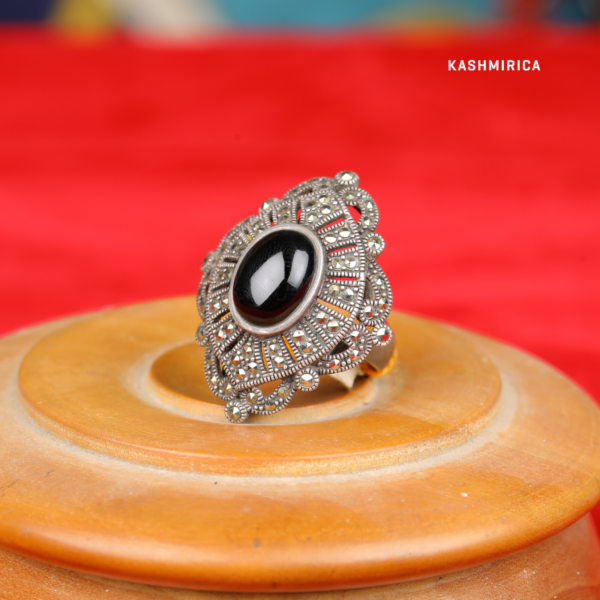 Jaleh - Ring