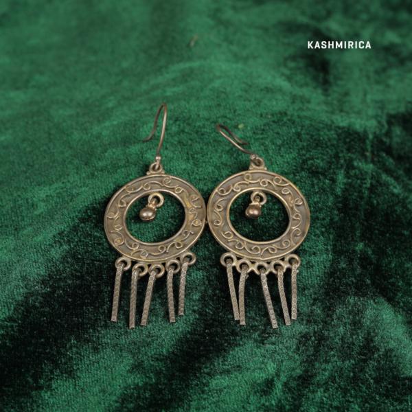 Aaima Earrings Green