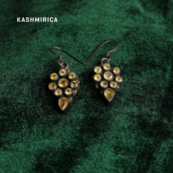 Arshia Earrings Green