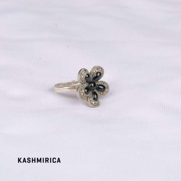 Shireen Ring White