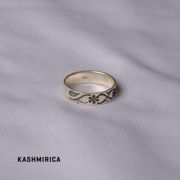 Anees Ring white