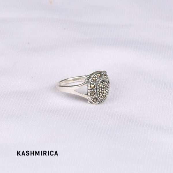 Aziza Ring White