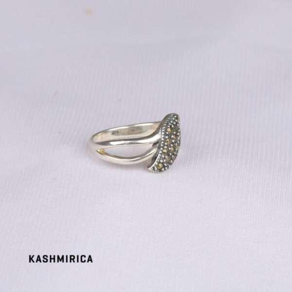 Sami Ring White