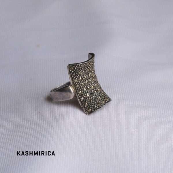 Zarqa Ring White