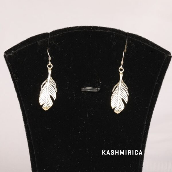 Armin Earrings White