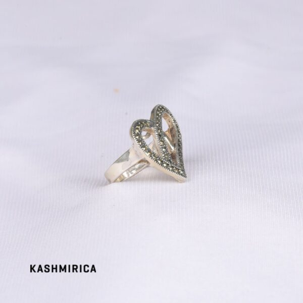 Qalb Ring White
