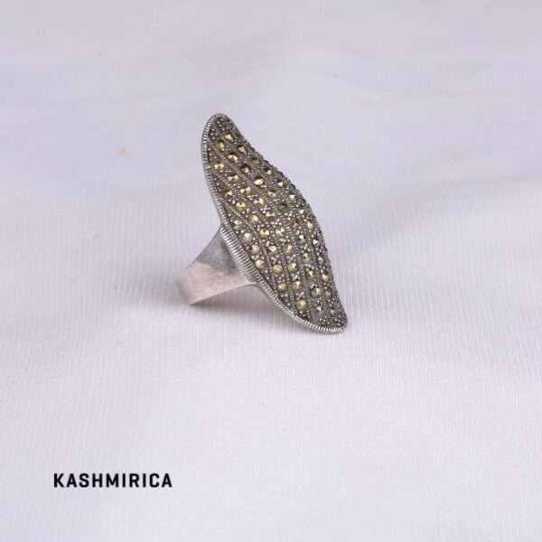 Nadia Ring White