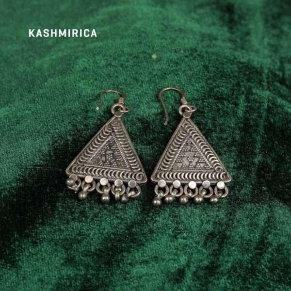 Badirah Earrings Green