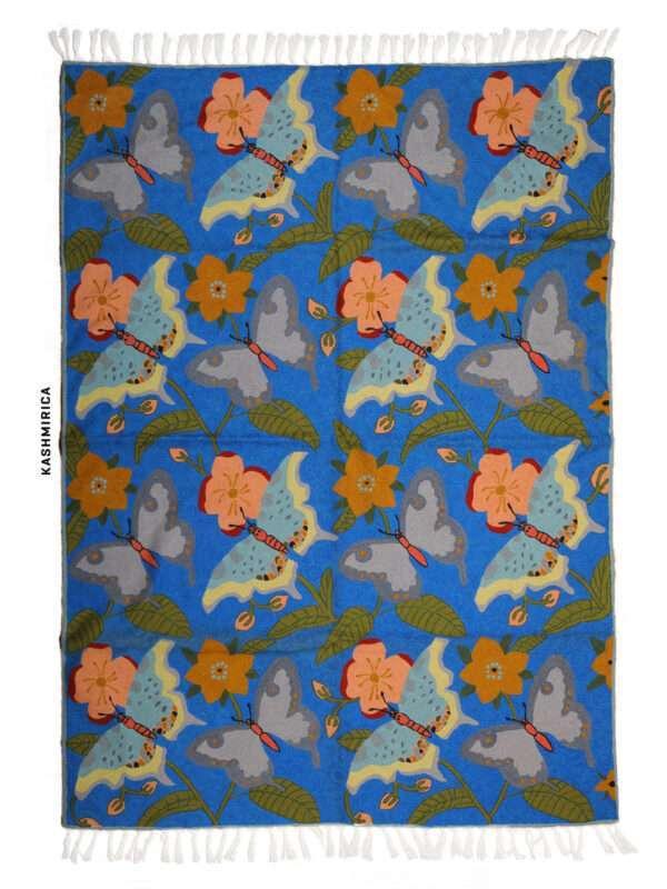 Blue colour chain stitch